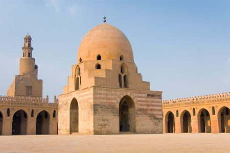 ibn: Ibn Tulum mosque inside The Cairo (Egypt)