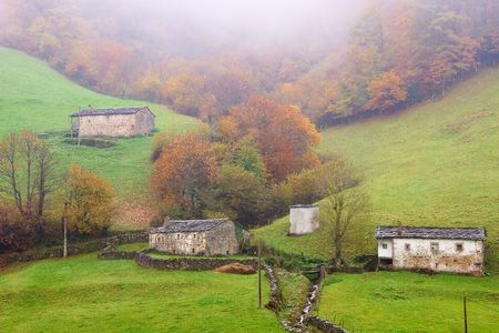pas: Hamlets in Vega of the Pas, Cantabria (Spain)