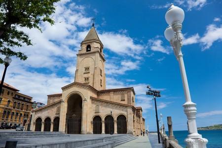catalina: Chiesa di Santa Catalina, Gijon, Asturie, Spagna