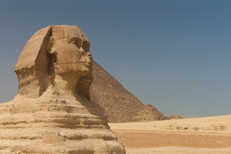 Great sphinx of Guiza,  Cairo, Egypt Stock Photo - 11837607