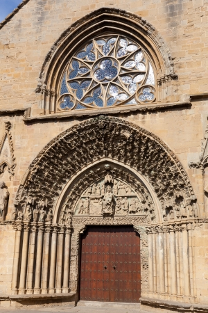 stone of destiny: Church of Santa Maria de Olite, Olite, Navarra, Spain Stock Photo
