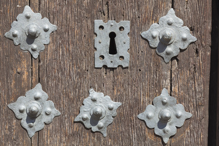 mancha: Detail of door in Tembleque, Toledo province, Castilla la Mancha, Spain