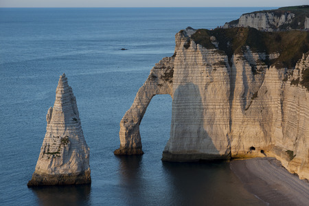 pays: Aval cliff, Etretat, Cote dAlbatre, Pays de Caux, Seine-Maritime department, Upper Normandy region, France Editorial