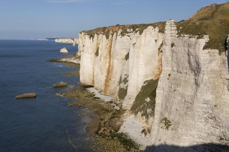 pays: Cliffs in Etretat, Cote dAlbatre, Pays de Caux, Seine-Maritime department, Upper Normandy region, France