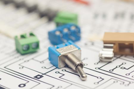 componentes: Componentes electr�nicos y dise�o de PCB