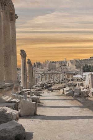 Roman ruines in the city of Jarash in Jordan Foto de archivo