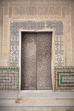 Arab door in the Alhambra in Grandda, Spain Stock Photo - 13744401