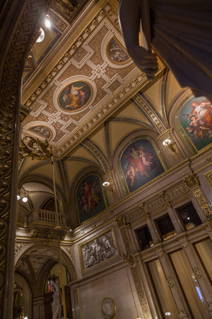 palais: Hall in the Vienna State Opera