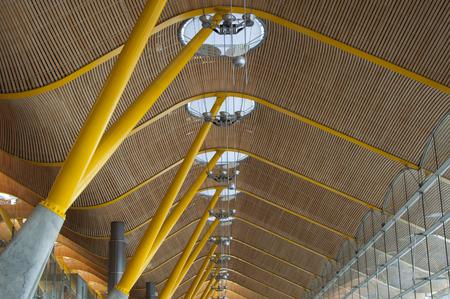 barajas: Madrid T4, Barajas Adolfo Suarez Roof Editorial