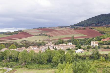 Le village de San Andres del Valle à La Rioja, en Espagne. Village typique de La Rioja.