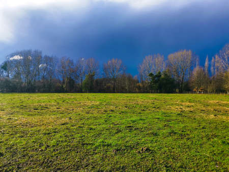 contrast of rain and green of the countryside Banque d'images