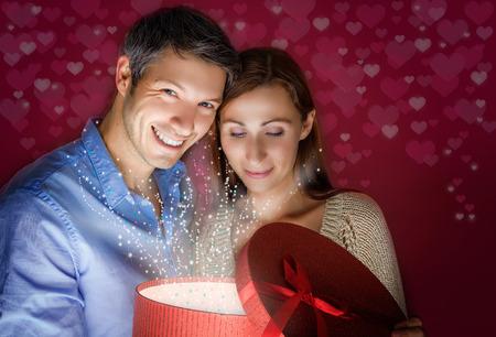 magic love comes out the box 版權商用圖片