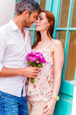romantiv valentijn date echtpaar bezoek van onbekende