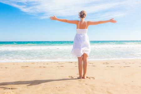 oceanside: Lake oceanside female embracing world