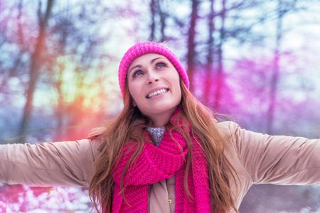 wintertime outdoor in white park Banco de Imagens