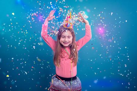 党を作る若い少女 写真素材