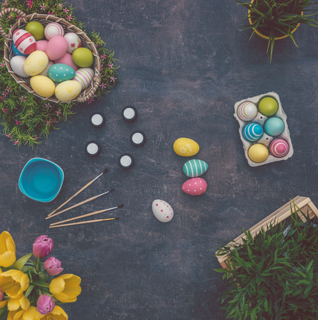 colouring eggs for eastertime at home