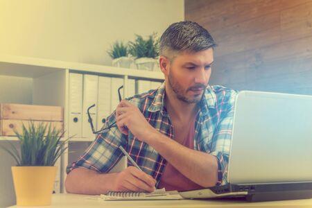 modern business people working together 版權商用圖片