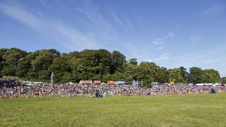 Bristol, Somerset, UK: August 13, 2016: Spectators at the Bristol International Balloon Fiesta. The annual event has become Europe's largest hot air balloon festival. Sajtókép