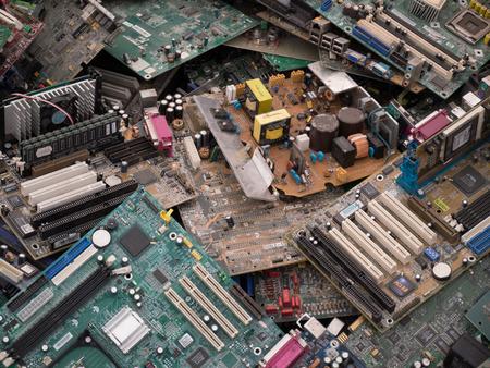 circuitos electronicos: piezas de la computadora de residuos