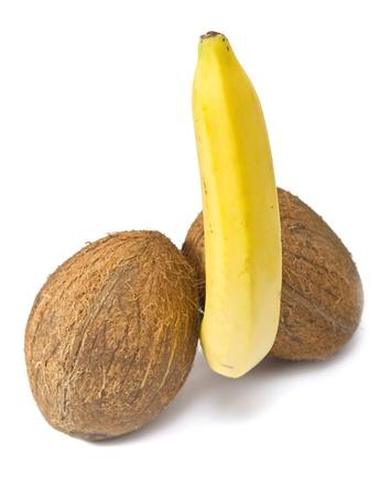 testiculos: Banano levitando entre dos cocos