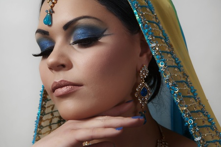 indian bride: indian women dress in a yellow and blue dress Stock Photo