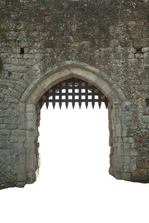 castillo medieval: Puerta de castillo medieval, el fondo blanco Foto de archivo
