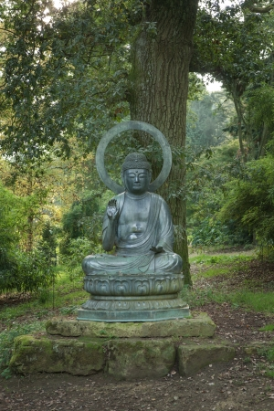 cotswold: Buddah at batsford arboretum, cotswold, england