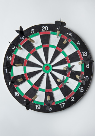 multiple targets: many darts on a dart board