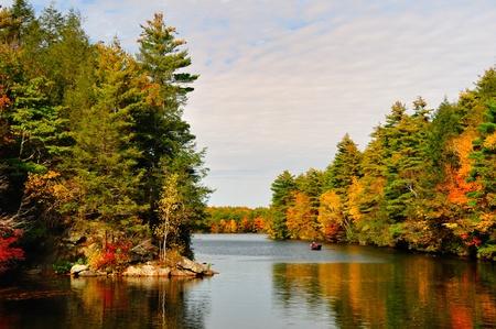 ビゲロー ホロウ州立公園、CT で秋 Folliage 写真素材