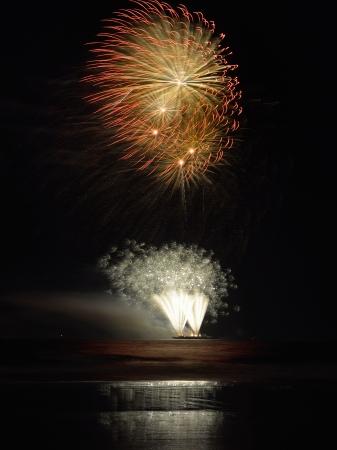 7 月の独立記念日花火のアトランティックシティの 4