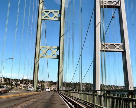 tacoma: Old and New Tacoma Narrows Bridges