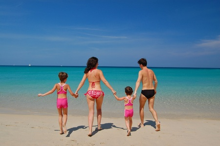 Family beach vacation Stock Photo - 9334761