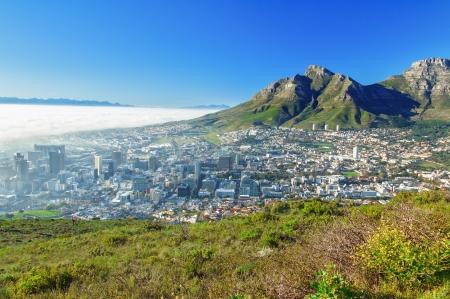 Hermosa vista de la Ciudad del Cabo y Table Mountain, Sudáfrica