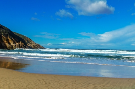 south coast: Beautiful ocean beach with waves in South Africa