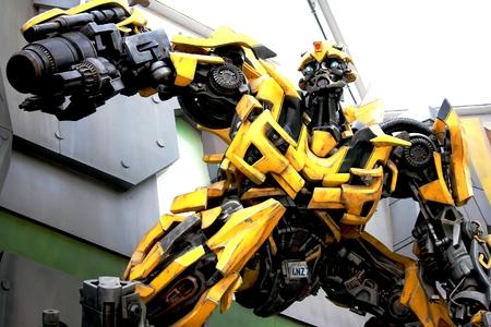 Transformer Bumblebee dans USS Singapour