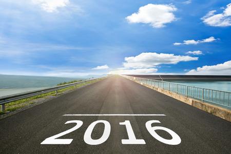 2016 年 - 開始の路面