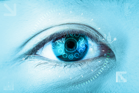 Close-up blauwe oog. Hoge technologie de futuristische. : Oogkatarak Stockfoto - 75502217