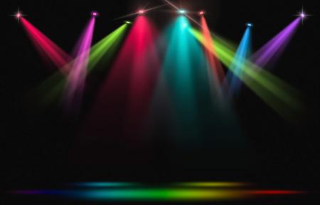 Luces del escenario Rainbow spotlight golpea a través de la oscuridad. Foto de archivo - 87329172