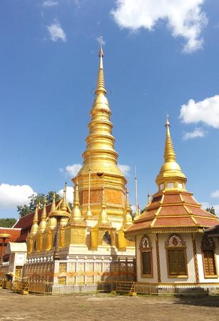 gild: Huay-Tom Pagoda gild gold : Buddha Energy Trust ,Lampun.Thailand