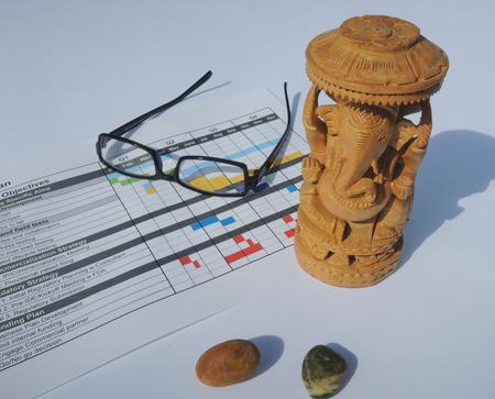 Der Projektleiter God - Ganesha - mehr Hindernisse rettet den Projektplan. Standard-Bild - 48802462
