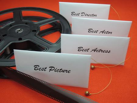 映画賞のための勝者と封筒