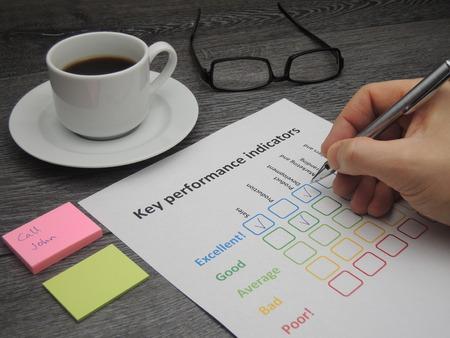 llaves: La evaluaci�n de la empresa en cinco indicadores clave de rendimiento Foto de archivo