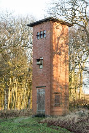 セットアップでは農村の古い発電所 写真素材