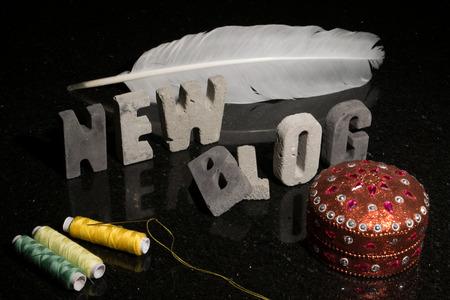 Conceptuele of abstracte afbeelding van de lancering van een nieuwe mode, design, naaien, of met de hand ambachtelijke blog.