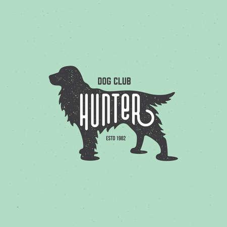 Lettering Hunter on cocker spaniel silhouette with stamp effect for   label, badge, emblem design. Vector illustration. 向量圖像