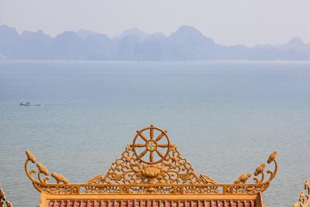 vietnam temple roof