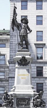 Maissonneuve monument Montreal front side