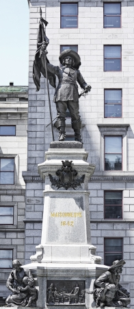 colonisation: Maissonneuve monumento Montreal lato anteriore