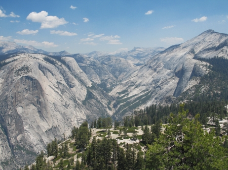 Backcountry during the summer time in Yosemite Stock fotó - 24758321